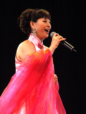 将联袂著名女高音歌唱家殷秀梅