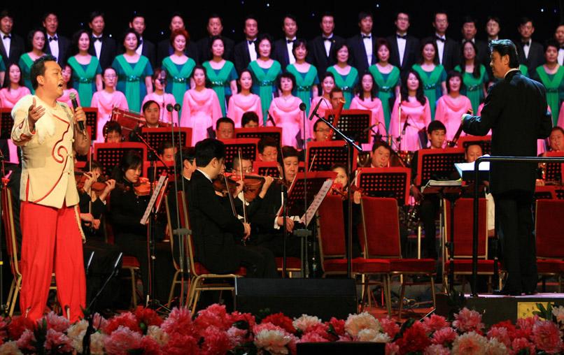 2014北京钢琴演奏会_2011北京新春民族音乐会人民大会堂举行——钢琴考级——中音在线