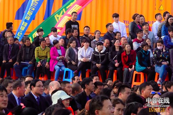 现场观众9.jpg